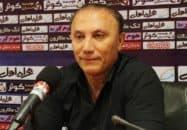 حمید درخشان سرمربی تیم فوتبال نفت تهران