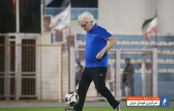 وینفرد شفر ؛ فیلم چند بازیکن در اختیار شفر قرارگرفته است ؛ خبرگزاری فوتبال ایران
