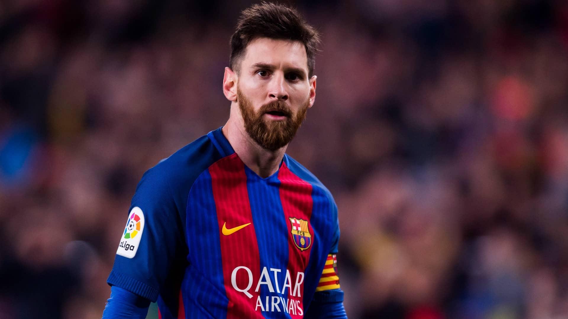 مسی ستاره آرژانتینی قراردادش را تا سال 2021 با بارسلونا تمدید کرده است