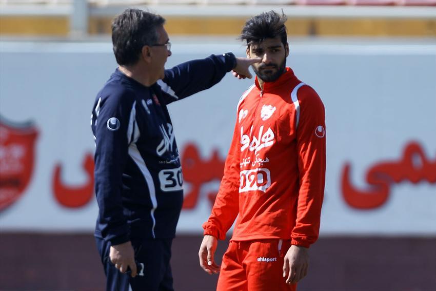 کمتر از یک ماه تا پایان محرومیت طارمی باقی مانده و او از اول بهمن میتواند برای پرسپولیس بازی کند و طبعاً به لیگ قهرمانان آسیا و شهرآورد برگشت هم میرسد.