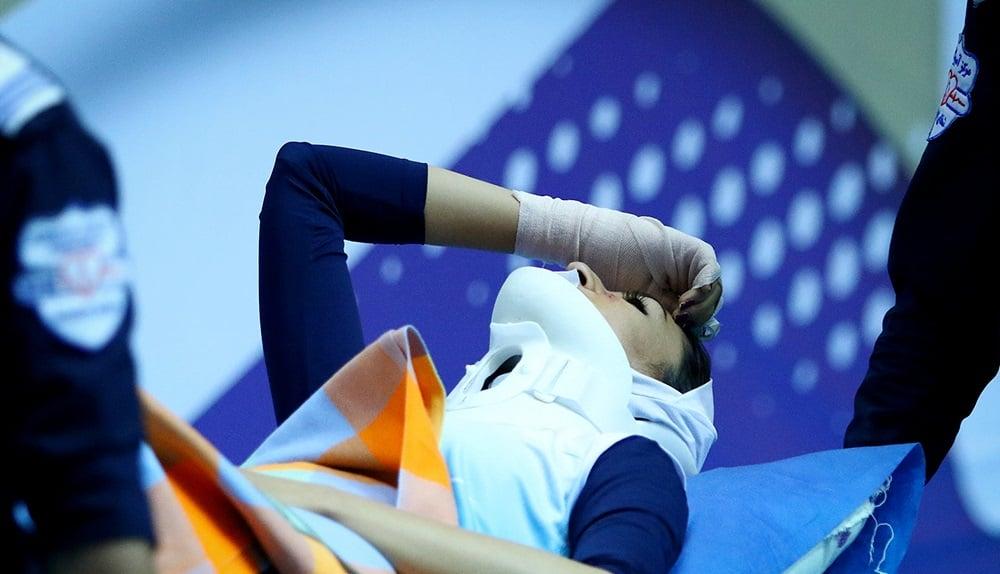 غزل ستوده بازیکن تیم والیبال بانوان آبنوس که در دیدار با پیکان آسیب جدی دید، اظهار داشت: امیدوارم بتوانم به نیم فصل دوم مسابقات برسم.