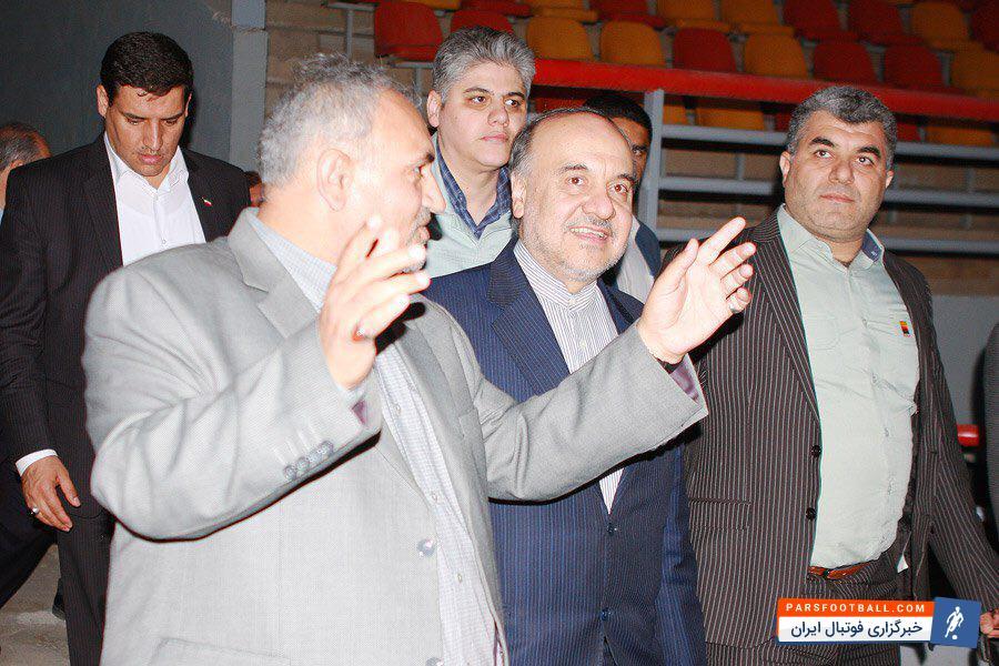 عکس ؛ وزیر ورزش از باشگاه سرخپوشان بازدید کرد!