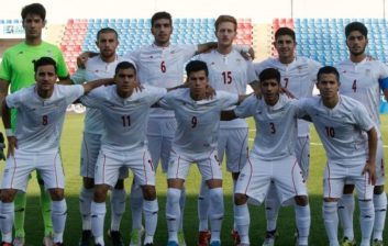 لخت کردن بازیکنان تیم ملی جوانان در فرودگاه