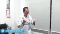 واکنش توماس رونسرو سردبیر آ.اس به گل دوم و سوم رئال مادریدواکنش توماس رونسرو سردبیر آ.اس به گل دوم و سوم رئال مادرید