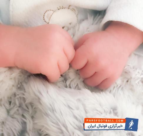تصویری از دستان فرشته ای که باعث اوج گیری قوچان نژاد شده است !