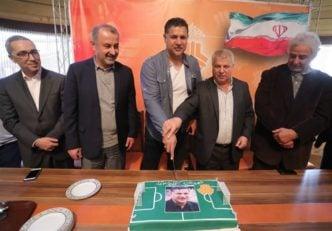 جشن تولد علی دایی در باشگگاه سایپا