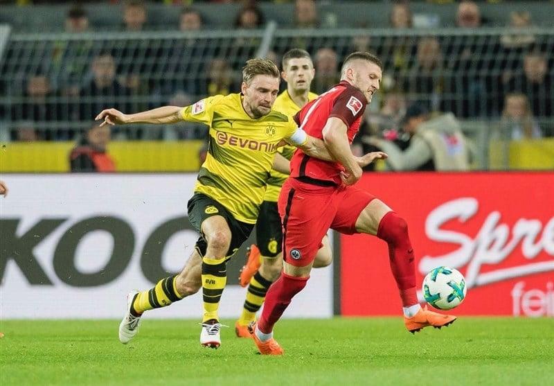 امشب (یکشنبه) تیم بورسیا دورتموند در دیدار خانگی هفته بیست و هفتم بوندس لیگای آلمان پذیرای فرانکفورت بود و با نتیجه 3 بر 2 به پیروزی رسید.