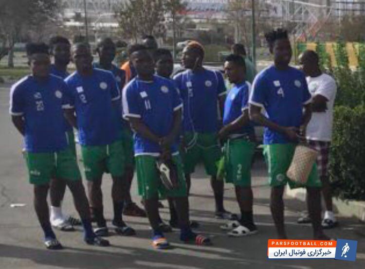 عکس ؛ تلخ تر از زهر، حریف شنبه تیم ملی، بازیکنانی با دمپایی های رنگی