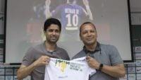 نیمار سنیور پدر نیمار آینده پسرش را در باشگاه فوتبال پاری سن ژرمن می بیند