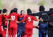 لیگ برتر فوتبال بانوان با برگزاری سه دیدار به اتمام رسید. در رقابتهای امروز تیم شهراری بم در خانه خود میزبان ذوب آهن شد.