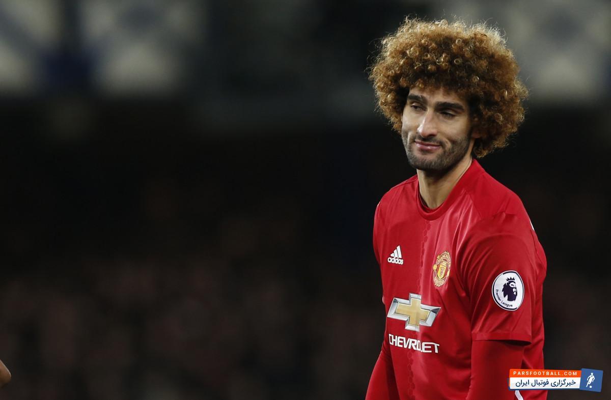 فلینی ستاره تیم فوتبال منچستریونایتد از مدل موی عجیب و غریبش رونمایی کرد