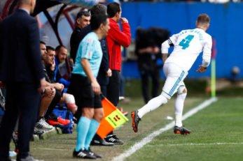 راموس ، کاپیتان رئال مادرید در بازی با ایبار در اواسط بازی مجبور شد تا زمین بازی را ترک کند