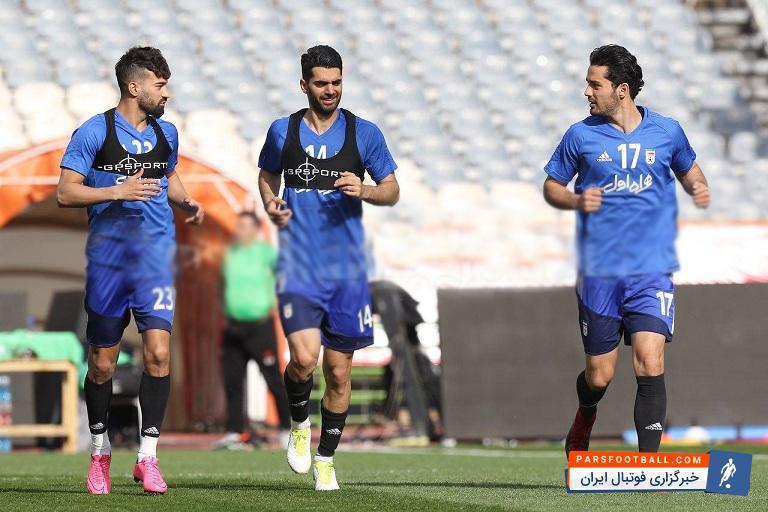 """عکس ؛ تلاش ویژه """" علی کریمی """" در تمرینات تیم ملی"""