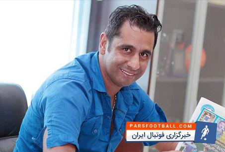 موسوی : حسینی بچهگانه عمل میکند، او باید بداند که در تیم بزرگی مثل استقلال بازی میکند