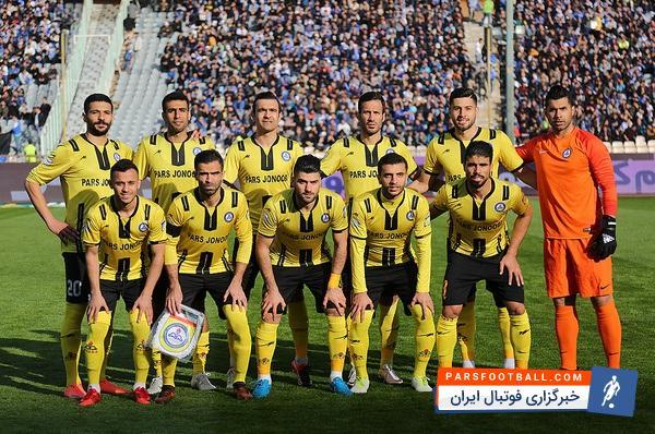 پارس جنوبی ؛ فرشاد محمدی مهر و میثم تیموری بازیکنان پارس جنوبی در راه اصفهان