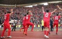بازی نساجی و راه آهن با نتیجه 6-0 به پایان رسید و پر از جذابیت و هیجان بود اما داستان اصلی پس از بازی آغاز شد صعود دراماتیک نساجی به لیگ برتر فوتبال ایران صحنه های جذابی را در ورزشگاه تختی خلق کرد.