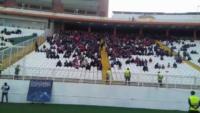شعار هواداران تراکتورسازی علیه بازیکنان و مدیریت باشگاه