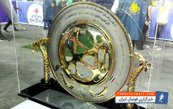 این بازی روز 13 اردیبهشت بین تیم های خونه به خونه و استقلال برگزار می شود.گفته می شود نور استادیوم خرمشهر و هم چنین وضعیت چمن این استادیوم به طور جدی در حال رسیدگی است تا برای بازی فینال جام حذفی آماده شود.