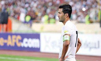مسعود شجاعی ملی پوش فوتبال مورد توهین های زشت خواننده زیر زمینی قرار گرفت