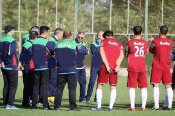 زلاتکو کرانچار سرمربی تیم امید است زلاتکو کرانچار امروز در اولین جلسه تمرینی تیم امید حضور یافت. او پس از سال ها یک بار دیگر در تهران حاضر شد و به تیم خود تمرین داد.
