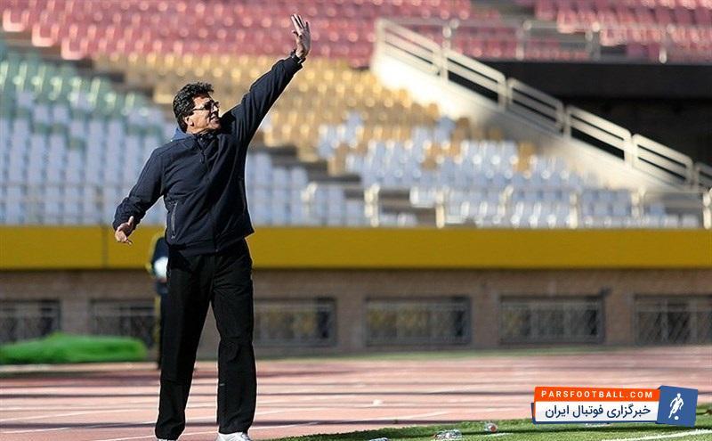 اولین تمرین استقلال خوزستان با حضور صمد مرفاوی در حالی برگزار شد که تعدادی بازیکن لیگ یکی و لیگ دویی در این تمرین حضور داشتند و قرار است در تمرین بعدی بازیکنان پایه نیز اضافه بشوند.