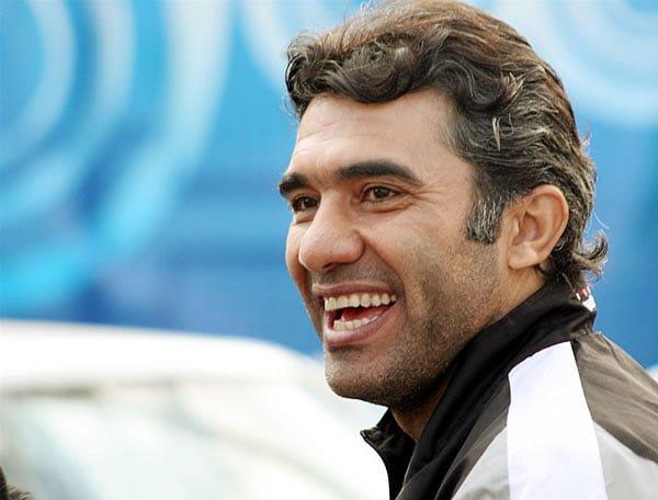 روزنامه پیروزی : عابدزاده و آغاز 52 سالگی ؛ یک با یک برابر نیست