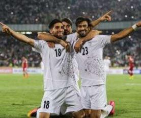 جشن بازیکنان ایران ایران بعد از پیروزی مقابل مراکش