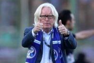 شفر سرمربی استقلال از مدیران باشگاه خواست فعلا از جذب بازیکن جدید دست نگه دارند