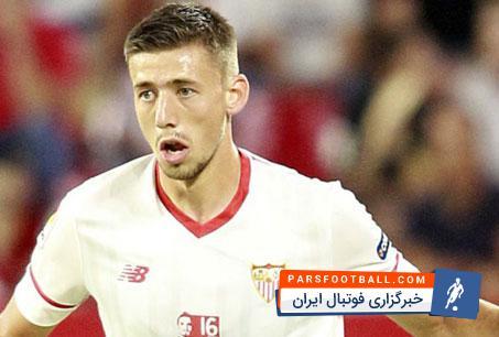 لنگلت مدافع تیم سویا در دو راهی انتخاب منچستریونایتد و بارسلونا قرار گرفته است