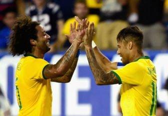 برزیل ؛ حرکات موزون نیمار و مارسلو در مراسم استقبال از تیم برزیل