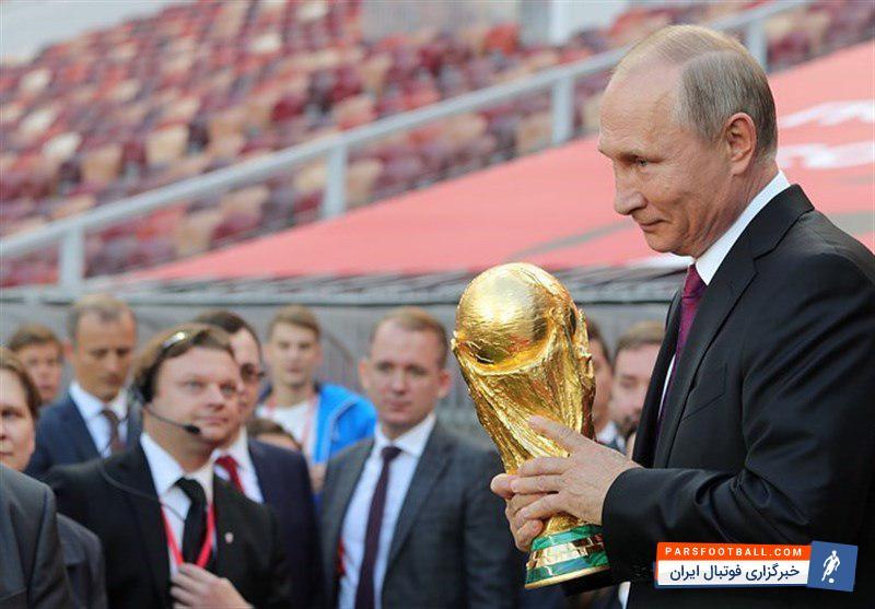 پوتین خطاب به تیم های حاضر در روسیه و هوادارانشان : روسیه خوش آمدید