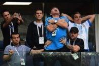 مارادونا اسطوره فوتبال آرژانتین است مارادونا پس از پیروزی تیم ملی کشورش مقابل نیجریه و صعود به دور بعد، دچار مشکل شد و به بیمارستان منتقل شد.