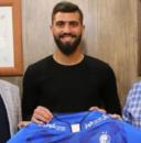 محمد دانشگر که در تیم نفت تهران نامی برای خود دست و پا کرد، فصل قبل در تیم سایپا نمایش خوبی داشت و همین مساله باعث شد شفر برای جذب او اقدام کند.
