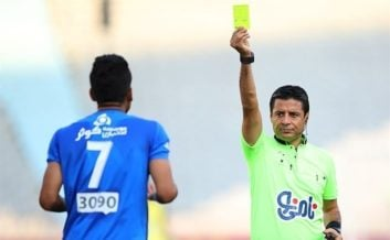 فغانی داور بین المللی فوتبال کشورمان گفت: اگر در جام جهانی اتفاقات خوبی برایم بیفتد، از دنیای داوری خداحافظی میکنم تا تیمهای باشگاهی در ایران از دستم راحت شوند.