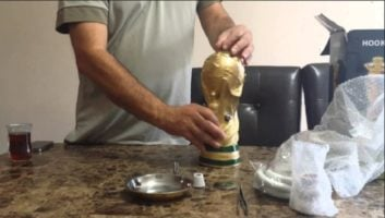جام جهانی ؛ طراحی قلیان به شکل کاپ جام جهانی