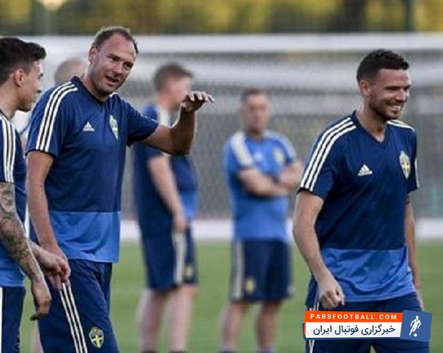 تیم ملی سوئد ؛ تنها یک نفر به استقبال تیم ملی سوئد آمد! ؛ خبرگزاری فوتبال ایران