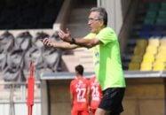 برانکو سرمربی تیم فوتبال پرسپولیس ادامه داد:هدفمان این است که در تیم تعادل ایجاد کنیم. اینکه هم از منطقه وسط و هم از کنارهها حمله کنیم، کار سادهای نیست.