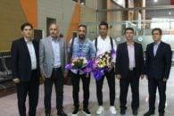 مسعود شجاعی و اشکان دژاگه کاپیتان های تیم ملی ایران با استقبال هواداران تراکتورسازی وارد تبریز شدند.