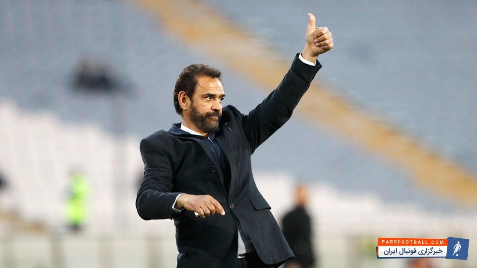 فیروز کریمی بعد از باخت مقابل ذوب آهن از هدایت تیم ماشین سازی تبریز کناره گیری کرد