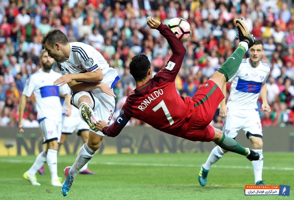 رونالدو ؛ هت تریک های فوق العاده از فوق ستاره پرتغالی دنیای فوتبال کریس رونالدو