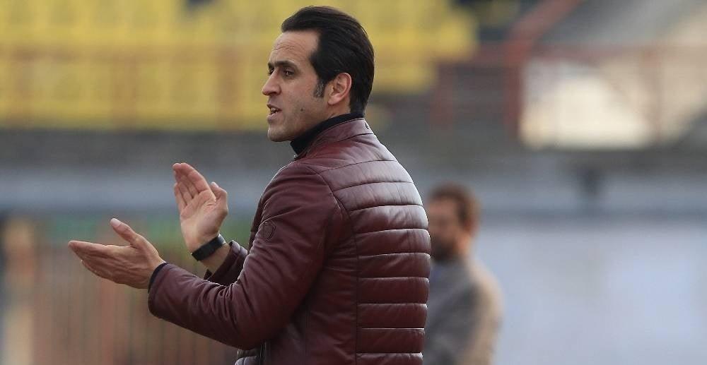 روزنامه هدف : زمزمه های بازگشت مجدد کریمی بعد از کناره گیری خداداد ؛ پارس فوتبال