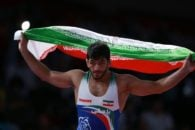 در رقابت های کشتی آزاد بازی های آسیایی جاکارتا حسن یزدانی موفق شد که مدال طلا را کسب کند و اولین طلایی کاروان ایران باشد.یزدانی پستی اینستاگرامی منتشر کرد.