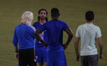 سرمربی استقلال همچنان امیدوار است از الحاجی گرو یک بازیکن گلزن بسازد الحاجی گرو در اول فصل با قراردادی نسبتا سنگین با استقلال قرارداد امضا کرد.