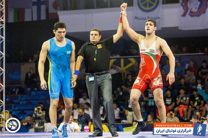 عباس فروتن ستاره ایران در مسابقات جهانی بود عباس فروتن در وزن ۹۲ کیلوگرم نشان داد که می تواند یکی از پدیده های کشتی ایران در سال های پیش رو باشد.