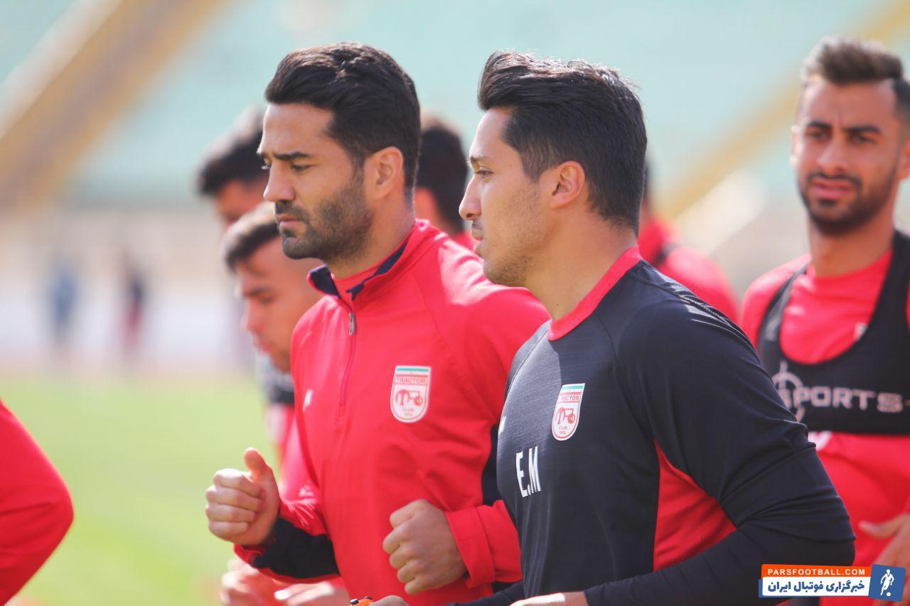 مسعود شجاعی بعد از یک مسابقه غیبت به ترکیب تیمش برمی گردد مسعود شجاعی در لیگ هجدهم به ایران برگشته و پیراهن تراکتورسازی را برتن کرده است.