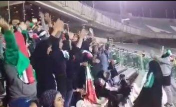 شویق ایسلندی بانوان هوادار تیم ملی در بازی ایران - بولیوی در ورزشگاه آزادی