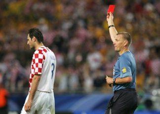 اشتباه داور در جام جهانی 2006