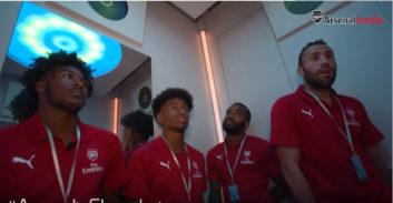 بازیکنان آرسنال در آسمانخراس شانگهای