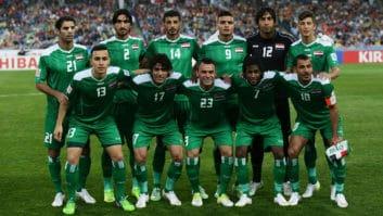 بازیکنان دو تیم فوتبال عراق و سوریه در پی وقوع زلزله از هتل هایشان در کربلا خارج شدند