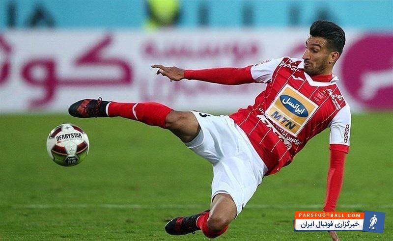 حسین ماهینی بازیکن تیم فوتبال پرسپولیس گفت: بازیکنان شرایط به حقی برای تمدید قرارداد دارند، اما فکر نمیکنم مشکل خاصی برای ماندن بازیکنان وجود داشته باشد.